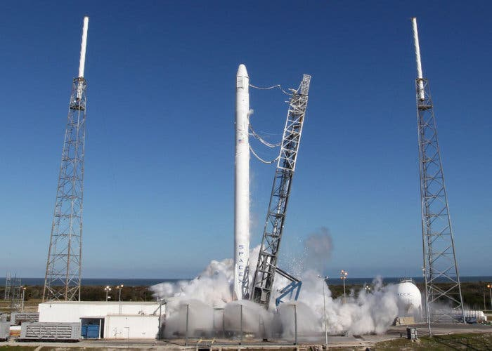 Falcon 9 despegando
