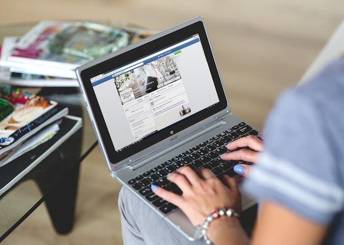 ordenador facebook anuncios