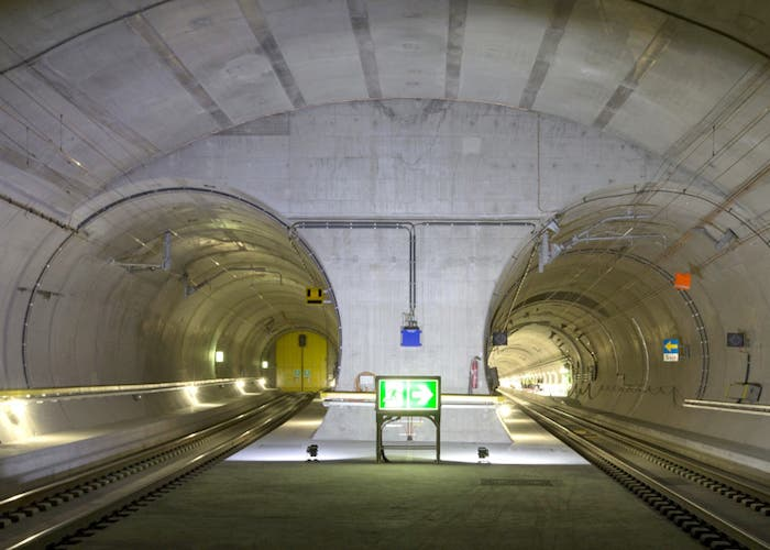 tunel Gotthard suiza italia