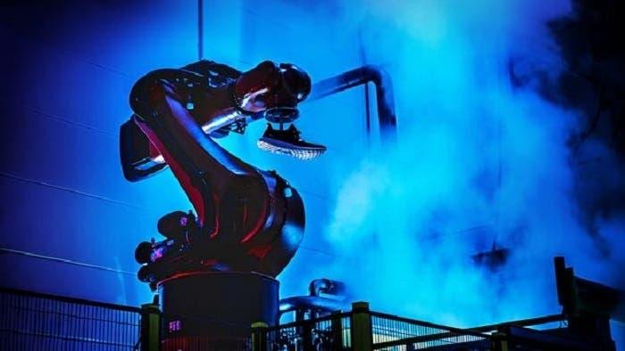 adidas-robot-fabrica-U10107938990bwC--620x349@abc