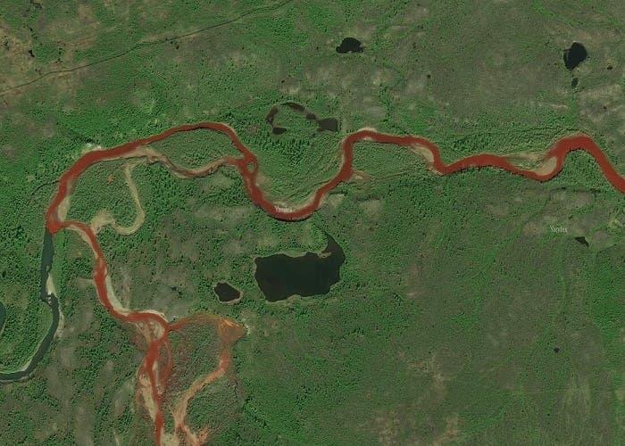 Río ruso de sangre