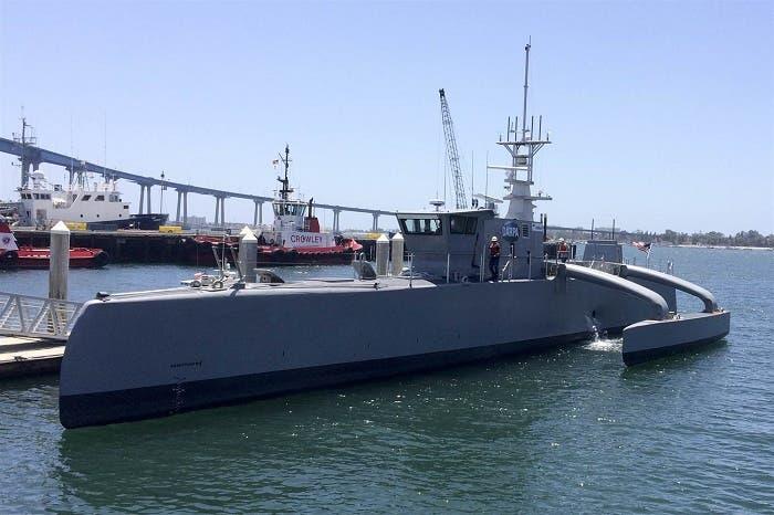 Sea Hunter, el barco autónomo que está armado