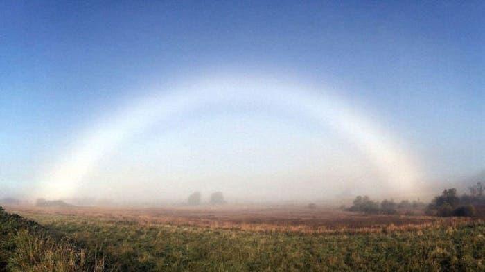 El raro y poco conocido fenómeno del arcoíris blanco