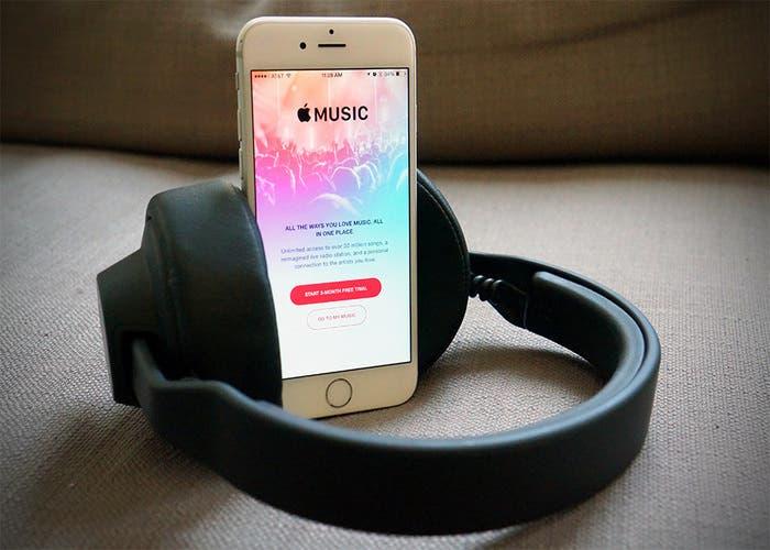 apple-music-700x500