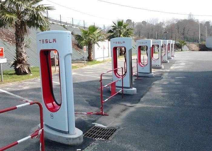 Supercargadores-Tesla