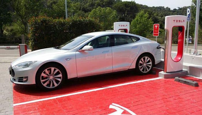 Tesla-Supercargador