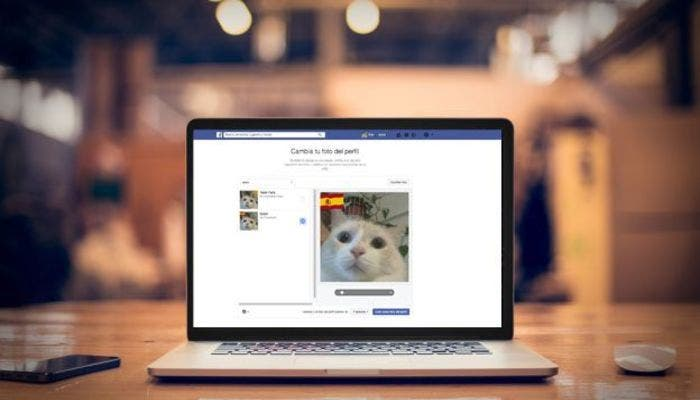Banderas-Facebook