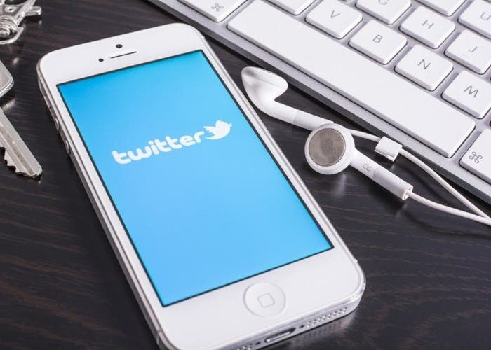 Twitter rediseña interfaz para web y moviles