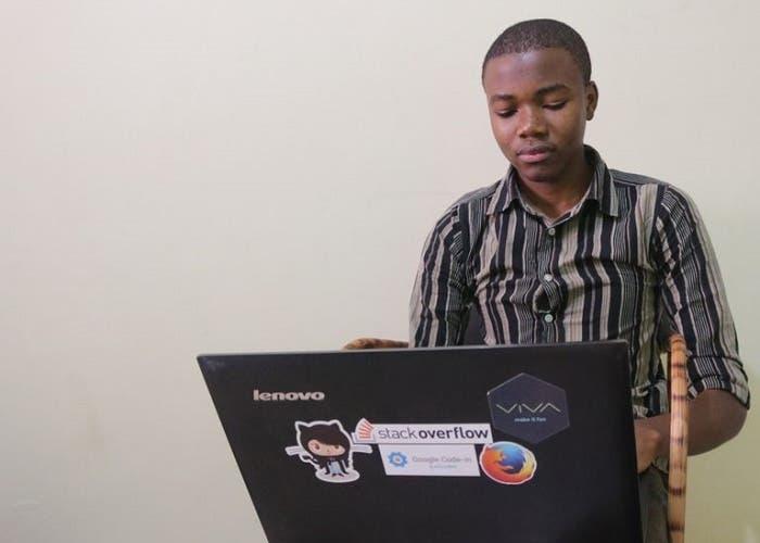 Collins se convierte en el primer africano en ganar el concurso de programación de Google