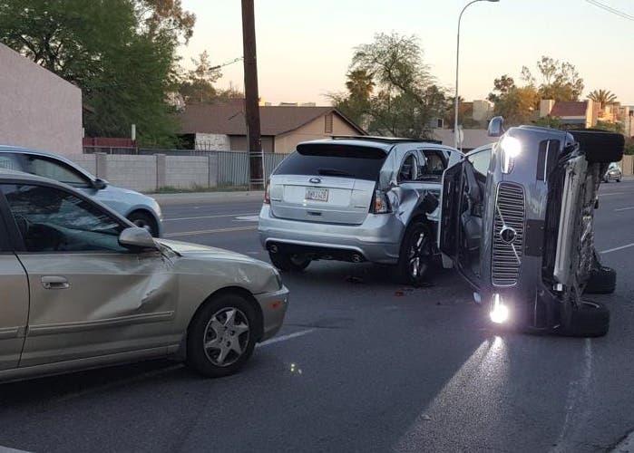 Uber deja atrás su programa de coches autónomos tras el accidente de uno de sus vehículos