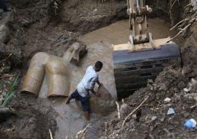 Encuentran en El Cairo un coloso de Ramsés II de 3.000 años de antigüedad