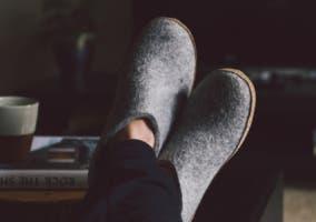 zapatillas de hombre para casa