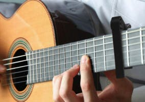 Cejillas de guitarra