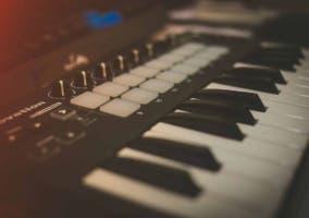 teclado controlador MIDI USB