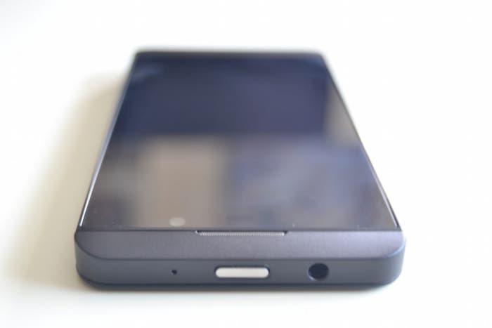 Chasis del BlackBerry Z10