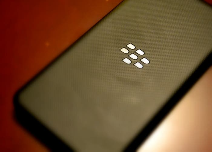 Parte trasera del BlackBerry Z10
