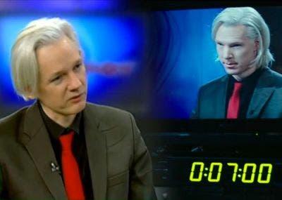 comparación entre Benedicth Cumbertch caracterizado y Assange